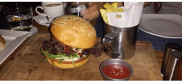 03 Fat Cow Burger